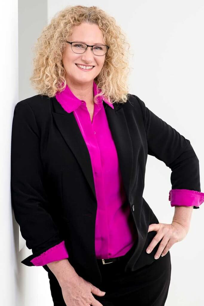 Suellen Greaves - Corporate image makeover_After